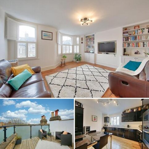 3 bedroom flat for sale - Broomwood Road, London, SW11