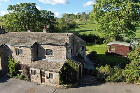 4 bedroom cottage for sale - Woodend Road, Reedley, Burnley, BB12