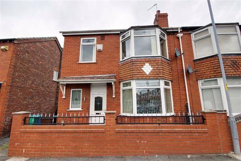 3 bedroom semi-detached house to rent - Carnegie Avenue, Manchester