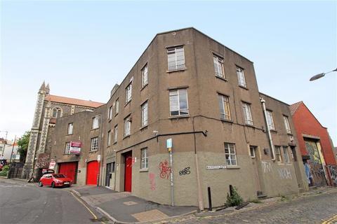 Office to rent - Upper York Street, Stokes Croft, Bristol