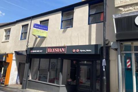 Office to rent - 6-7 High Street, Pontypridd