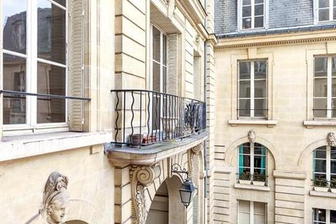 5 bedroom apartment - 75007 Paris 07 Palais-Bourbon, Paris, Île-de-France
