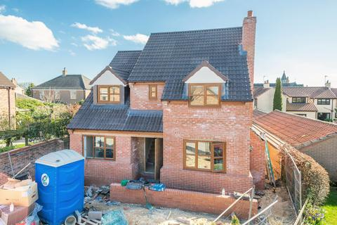 5 bedroom detached house for sale - Vine Gardens, Bubwith, Selby, YO8