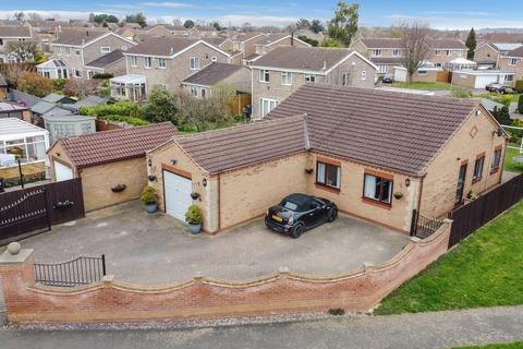 3 bedroom detached bungalow for sale - Bradford Close GRANTHAM NG31 8RU