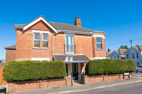 2 bedroom flat for sale - Beautiful two double bedroom apartment with private garden, Talbot Park