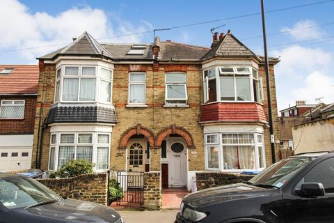 2 bedroom flat to rent - Church Lane, London, N9