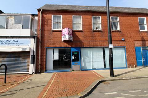 Retail property (high street) to rent - Lord Street, Fleetwood, Lancashire, FY7