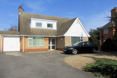 3 bedroom bungalow to rent - Main Street, Long Whatton