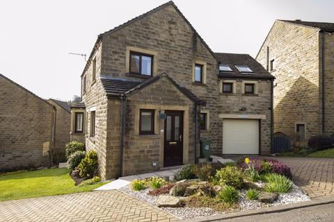 4 bedroom detached house for sale - 42 Stones Drive, Ripponden, HX6 4NY