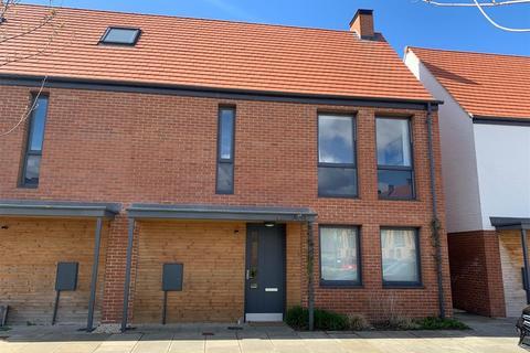 3 bedroom semi-detached house for sale - Pearson Place, Derwenthorpe