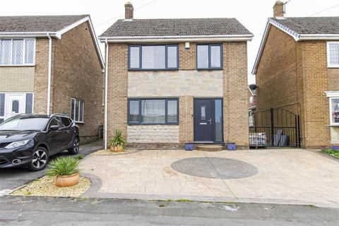 3 bedroom detached house for sale - Peterdale Road, Brimington, Chesterfield