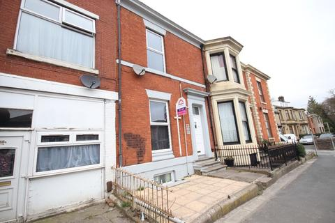 1 bedroom flat to rent - Preston New Road, Blackburn. Lancs. BB2 6BH
