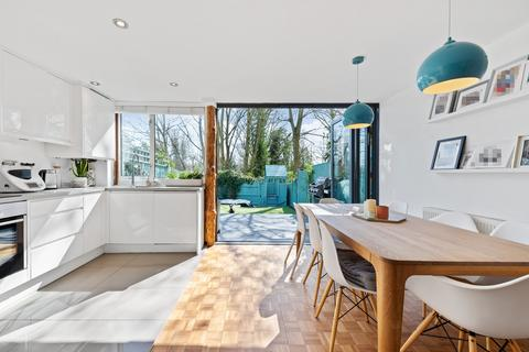 3 bedroom terraced house for sale - Shepherds Close, London, N6