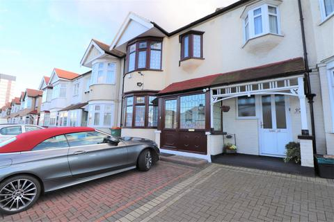 Flat share to rent - Eastern Avenue, Ilford, IG4