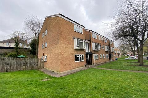1 bedroom apartment to rent - Pebble Close, Stourbridge, DY8 1LE