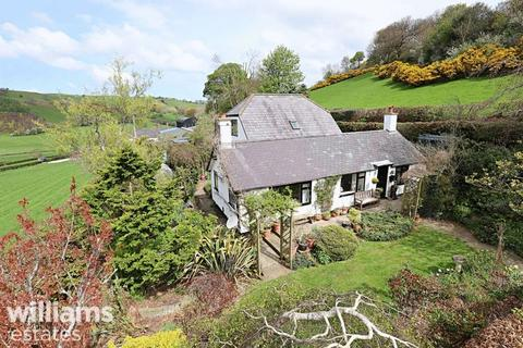 4 bedroom cottage for sale - Llandyrnog Road, Nannerch