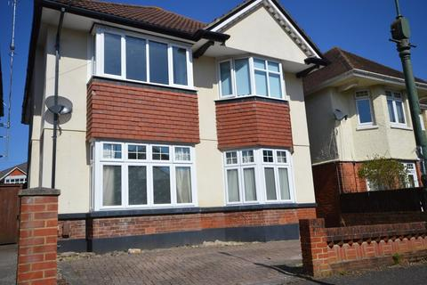 2 bedroom ground floor flat for sale - Truscott Avenue, Bournemouth