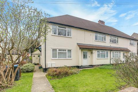 2 bedroom maisonette for sale - Gresham Avenue, Warlingham, Surrey, CR6 9PG