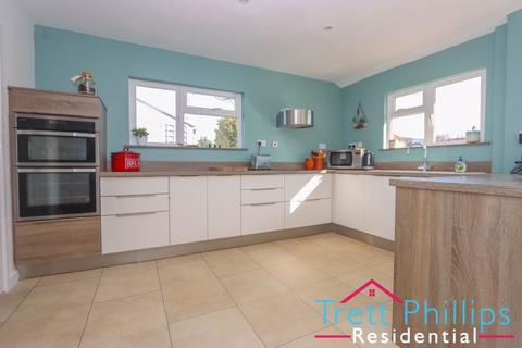 2 bedroom bungalow to rent - Ling Way, Coltishall