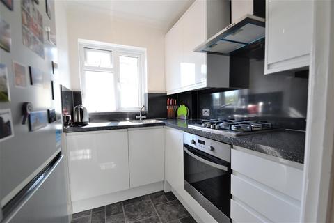 1 bedroom flat for sale - Upper Elmers End Road, Beckenham