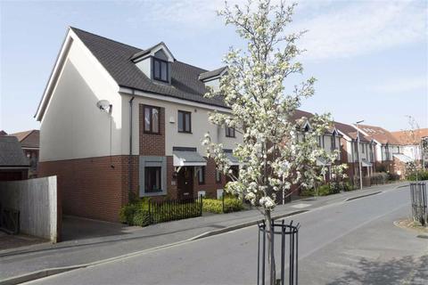 3 bedroom semi-detached house for sale - Poppy Avenue, Broughton, Milton Keynes