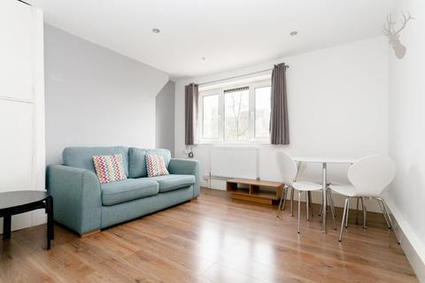 1 bedroom flat to rent - Globe Road, London
