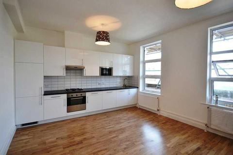 4 bedroom flat to rent - Uxbridge Road, Shepherds Bush