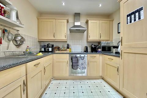 1 bedroom flat to rent - Constable Close, Friern Barnet, London N11