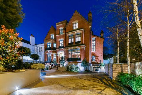 6 bedroom detached house for sale - Montpelier Row, Blackheath SE3.