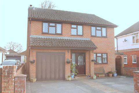 4 bedroom detached house for sale - Jubilee Road, Mytchett, Camberley, Surrey, GU16