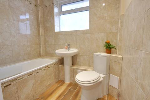 3 bedroom detached bungalow to rent - Waterlooville   Maralyn Avenue   UNFURNISHED