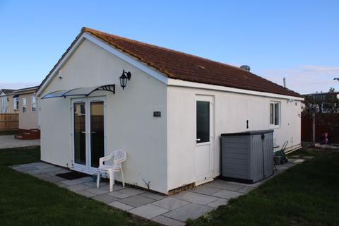 2 bedroom property for sale - SADDLEBROOK