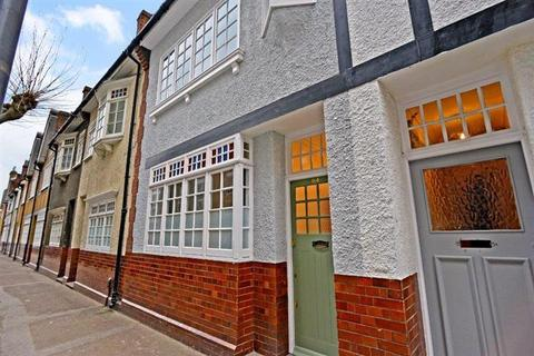 3 bedroom terraced house to rent - Old Woolwich Road Greenwich London SE10
