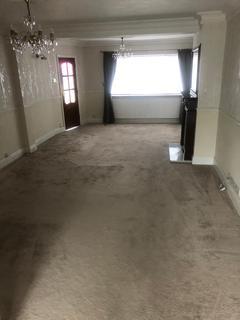 3 bedroom terraced house to rent - DAGENHAM EAST , RM10