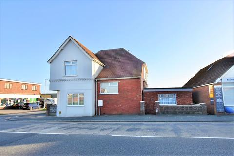 2 bedroom flat for sale - 129 South Coast Road, Peacehaven BN10 8PA