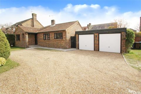 3 bedroom bungalow for sale - Meadow Park, East Preston, West Sussex