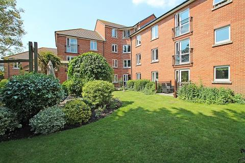 2 bedroom retirement property for sale - Stockbridge Road, Chichester PO19