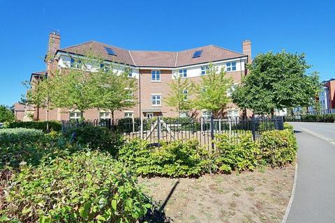 2 bedroom apartment to rent - Heacham Avenue, Ickenham, UB10