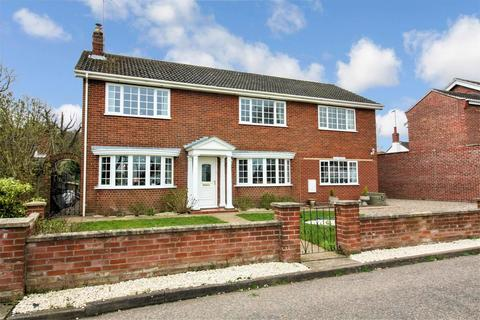 5 bedroom detached house for sale - Elm House, The Green, Ormesby, Great Yarmouth