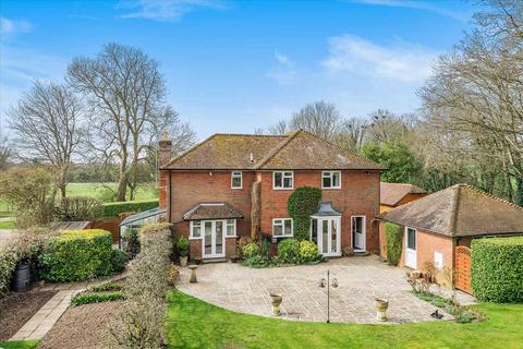 5 bedroom detached house for sale - The Meadows, Rookery Close, Grateley