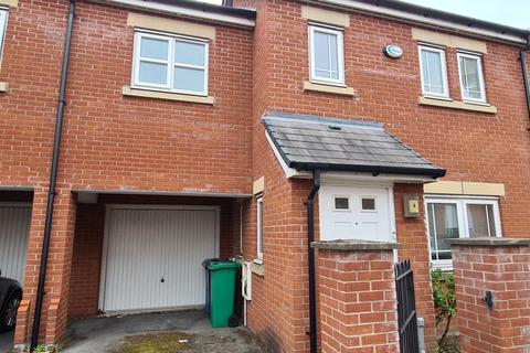 3 bedroom semi-detached house to rent - Picklering Street , Hulme, Manchester, M15 5LQ