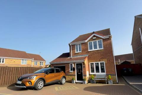 3 bedroom detached house for sale - Holm Hill Gardens, Easington, Peterlee, Durham, SR8 3JT