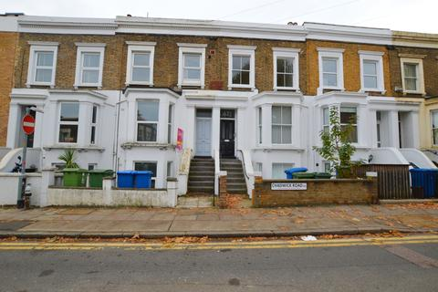 2 bedroom flat to rent - Chadwick Road Peckham SE15