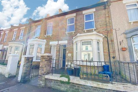 1 bedroom flat for sale - Albany Avenue, Westcliff On Sea