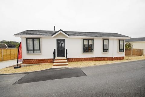 1 bedroom detached house for sale - Bashley Cross Road New Milton BH25 5TA
