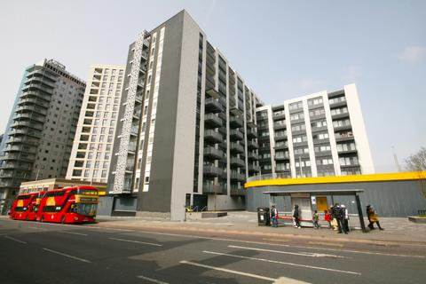 1 bedroom apartment for sale - Valentines House, 51-69 Ilford Hill, Ilford, IG1