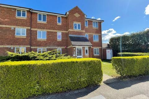 2 bedroom flat to rent - Walpole Road, Burnham, Berkshire