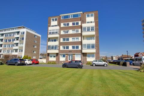 3 bedroom apartment for sale - Seaview Road, Worthing, BN11