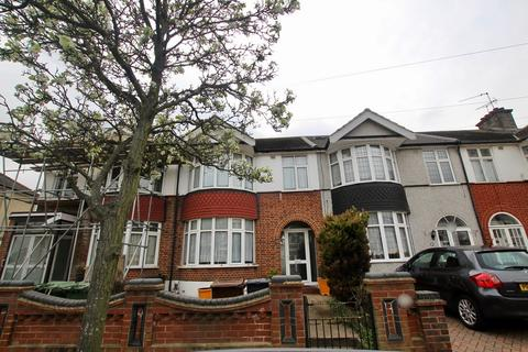 3 bedroom house for sale - Beccles Drive, Barking, IG11