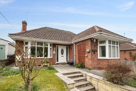 3 bedroom detached bungalow for sale - Laverton Road, Westbury